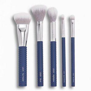 LARUCE BEAUTY Cheek & Eyes Brush Set in Denim Blue